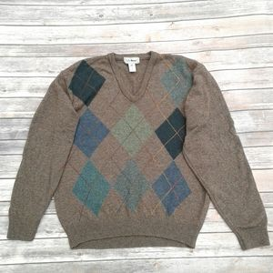 L.L. Bean💯 new lambs wool v neck argyle sweater